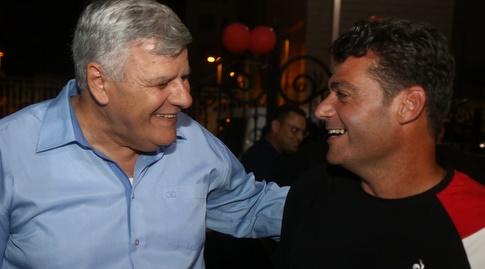 ניסו אביטן וראש העיר צביקה גנדלמן (צילום: שלומי גבאי הפועל חדרה)