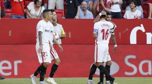 שחקני סביליה בדרך לניצחון (La Liga)