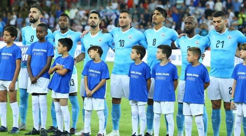 נבחרת ישראל לפני שריקת הפתיחה, חבורה מאוחדת (מרטין גוטדאמק)