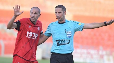 מיכאל זנדברג בתחנה האחרונה בעונה שעברה בהפועל רמת גן (עמרי שטיין)