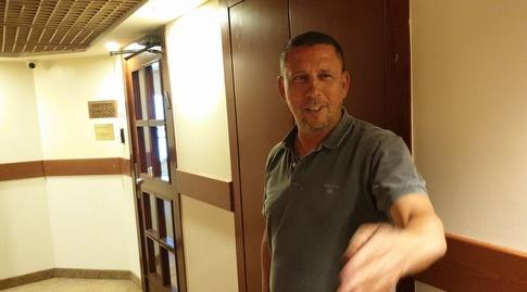 ניר קלינגר במלון קראון פלאזה (דורון בן דור)