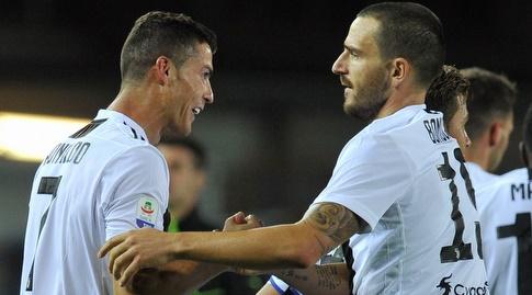 לאונרדו בונוצ'י עם כריסטיאנו רונאלדו. בגללו הוא לא חתם במילאן? (רויטרס)