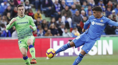 מאורו ארמבארי בועט (La Liga)