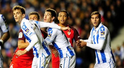 מאבק בתוך הרחבה בכדור קרן (La Liga)
