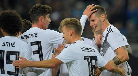 שחקני גרמניה חוגגים (רויטרס)