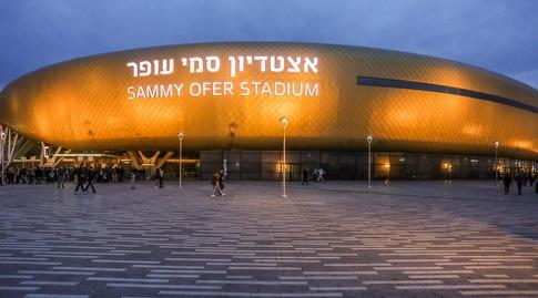 אצטדיון סמי עופר. האוהדים הירוקים מחכים למלא אותו (עמית מצפה)