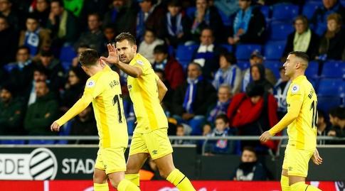 כריסטיאן סטואני חוגג עם חבריו (La Liga)