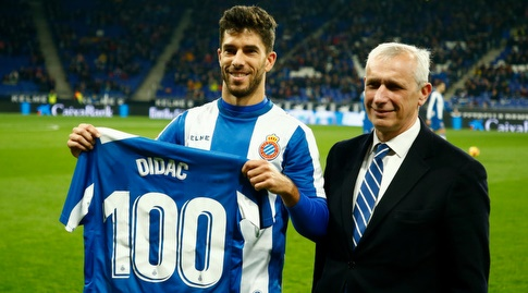דידאק וילה מקבל כבוד (La Liga)