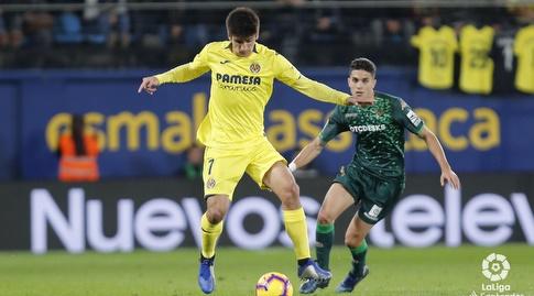 מארק ברטרה משקיף על ג'רארד מורנו (La Liga)
