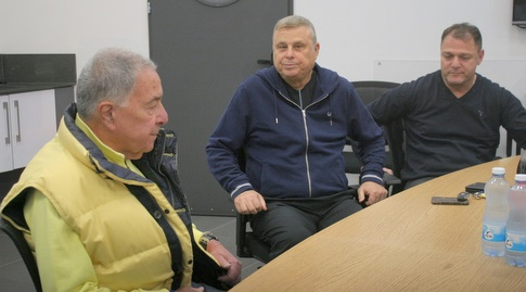 אלי דריקס, דייויד פדרמן ושמעון מזרחי. גלילי מוחמא מההצעה (משה חרמון)