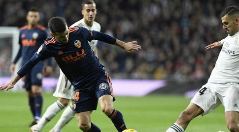 דניאל סבאיוס וחוסה גאיה נאבקים על הכדור (La Liga)