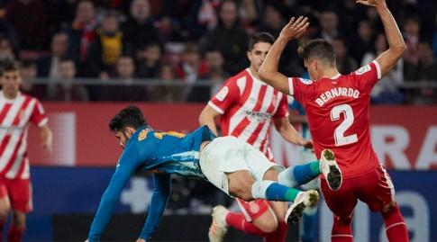 דייגו קוסטה צונח את הדשא (La Liga)