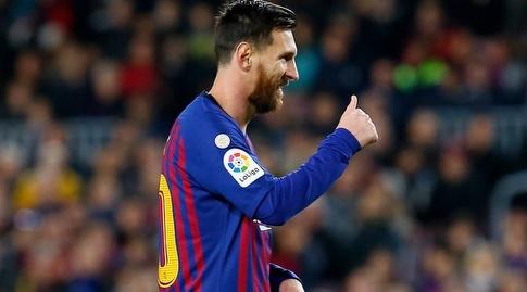 ליאו מסי. כשמכשילים את סוארס, הוא מגיע לבעוט (La Liga)
