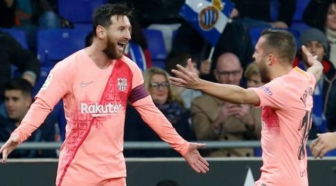 ליאו מסי וג'ורדי אלבה חוגגים (La Liga)