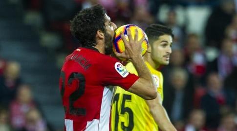 ראול גארסיה נוגס בכדור (La Liga)