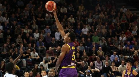 דריון אטקינס (FIBA)