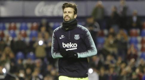 ג'רארד פיקה מתחמם (La Liga)