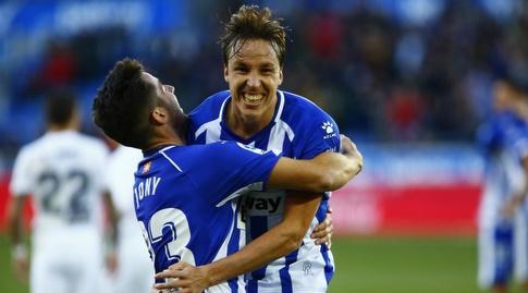 תומאס פינה וג'וני חוגגים (La Liga)