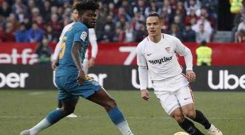 רוקה מסה מנסה לעבור את תומאס פארטה (La Liga)