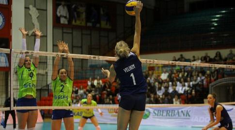 נבחרת הנשים בכדורעף נגד סלובניה (דייויד סלברמן)