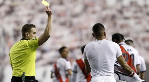 בבה מקבל כרטיס צהוב (La Liga)