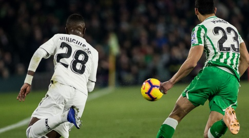 ויניסיוס ג'וניור פותח מבערים (La Liga)