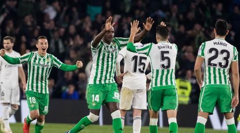 מארק בארטרה ו-וויליאם קרבאליו חוגגים (La Liga)