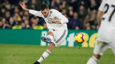 דני סבאיוס בועט פנימה (La Liga)