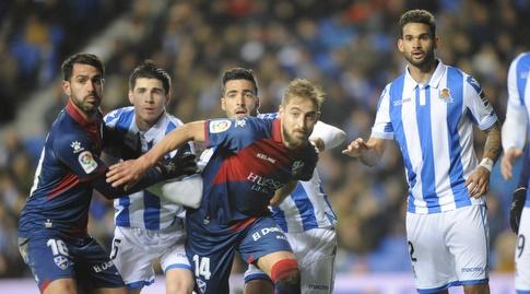 שחקני ריאל סוסיאדד ו-ווסקה (La Liga)