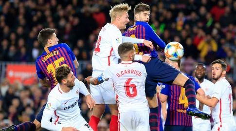 ג'רארד פיקה נוגח (La Liga)