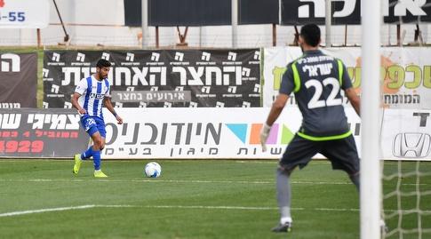 איתמר ישראלי בשער (חגי מיכאלי)