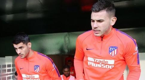 לוקאס הרננדס ואלברו מוראטה עולים למגרש (La Liga)