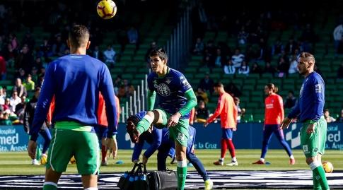 שחקני בטיס בחימום (La Liga)