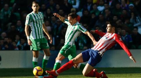 אלברו מוראטה מתקל את אנדרס גווארדאדו (La Liga)