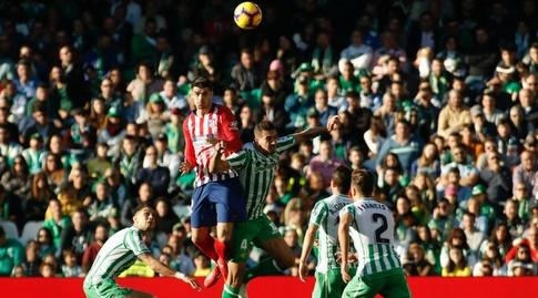 אלברו מוראטה נוגח (La Liga)