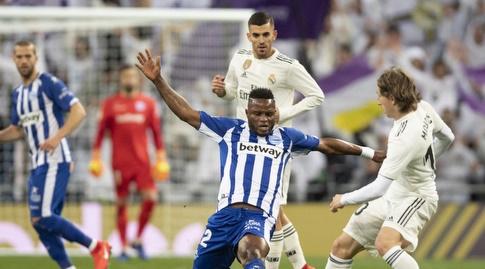 לוקה מודריץ' מול מובארק ווקאסו (La Liga)