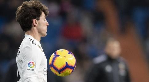 אלברו אודריוסולה עוצר את הכדור (La Liga)