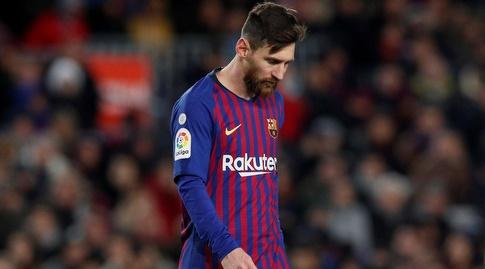 ליאו מסי מאוכזב. חלק מחבריו שמחו מהתיקו לפי התקשורת בברצלונה (רויטרס)