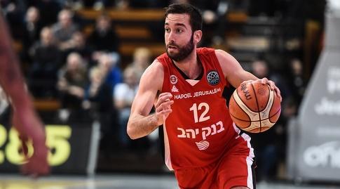 יוגב אוחיון בפעולה (FIBA)