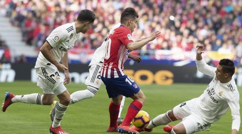 קאסמירו מתקל את אנחל קוראה (La Liga)