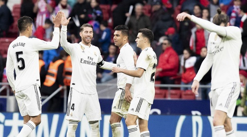 שחקני ריאל מדריד חוגגים בסיום (La Liga)