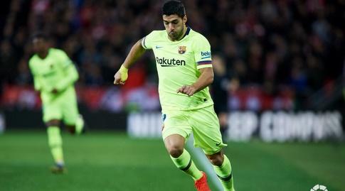 לואיס סוארס שועט עם הכדור (La Liga)