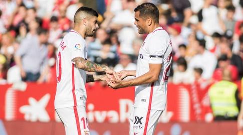 גבריאל מרקאדו חוגג עם אבר באנגה (La Liga)