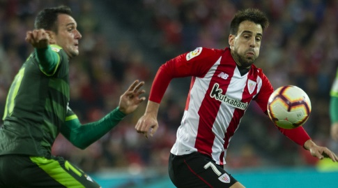 בנייאט אצ'ברייה עם הכדור (La Liga)