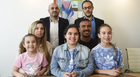 פדרו גלבאן, משפחתו ועורכי דינו (נעם מורנו)