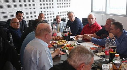 ישיבת הדירקטוריון של מנהלת הליגה (שחר גרוס)