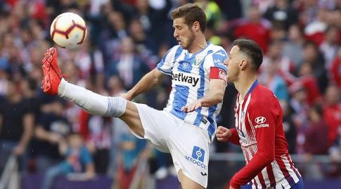 ניקולה קאליניץ' עם רובן פרס (La Liga)