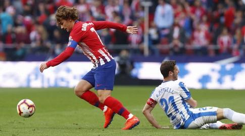 אנטואן גריזמן חולף על פני רובן פרס (La Liga)