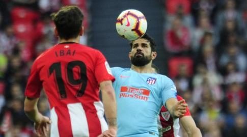 דייגו קוסטה משתלט על הכדור (La Liga)