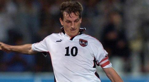אנדי הרצוג עם שער השוויון בכדור חופשי מול ישראל (רויטרס)